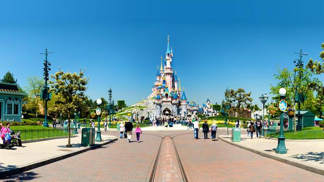 Disneyland_castello